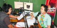 KEGIATAN RADIO TALKSHOW RS. DEWI SRI DI BE RADIO 102.8 FM